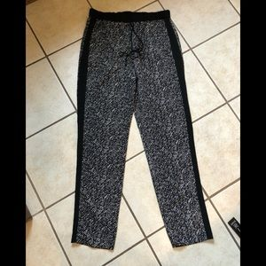 Vince Camuto Jogger Pants